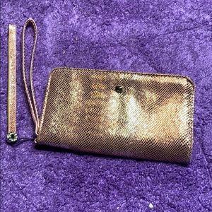 Cellphone holder Wristlet